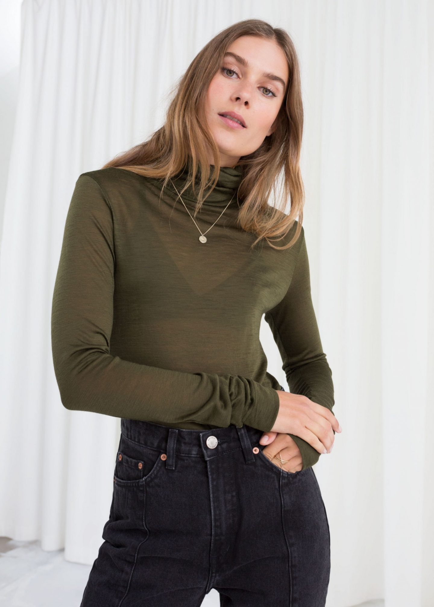 thin knit roll neck