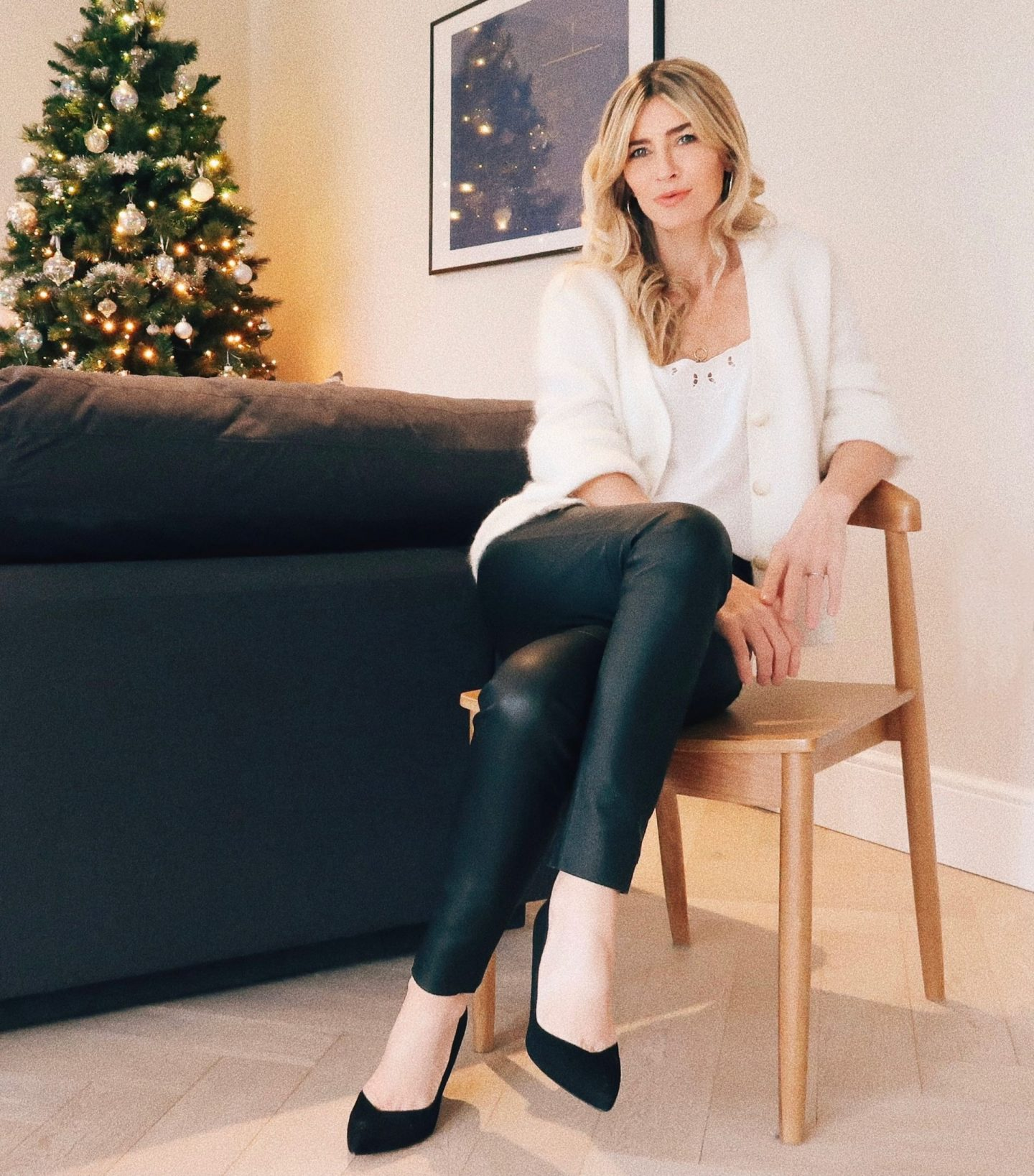 ELEGANT CHRISTMAS OUTFIT IDEAS